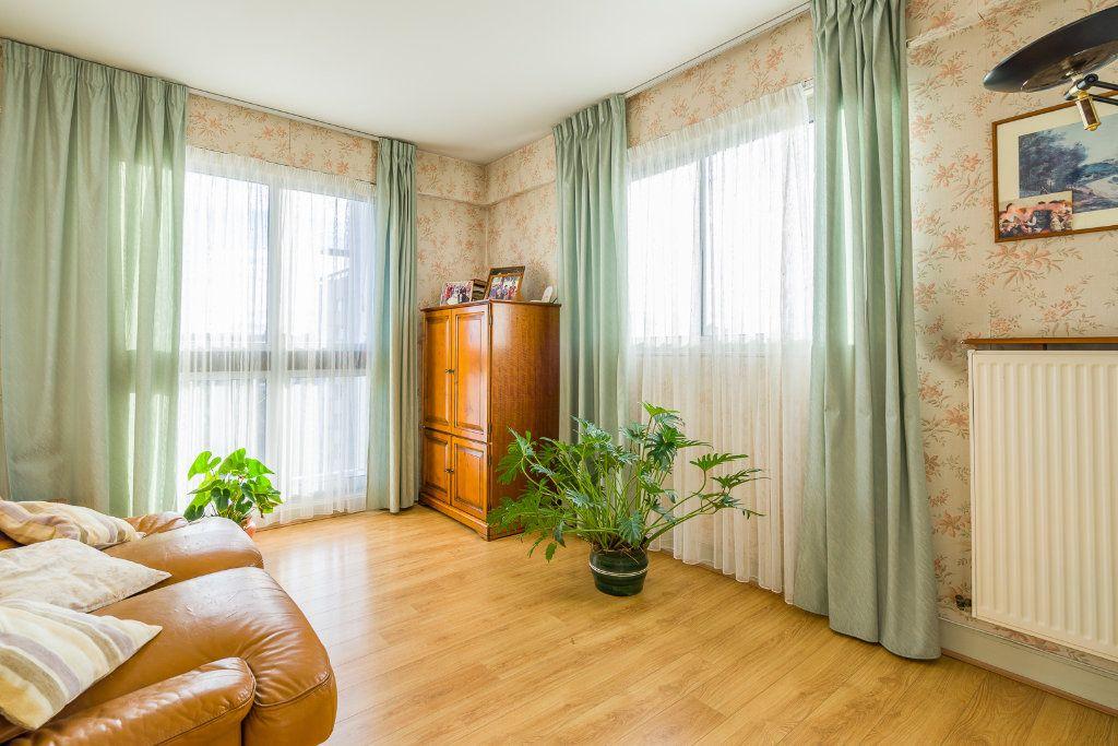 Appartement à vendre 4 80m2 à Sucy-en-Brie vignette-5