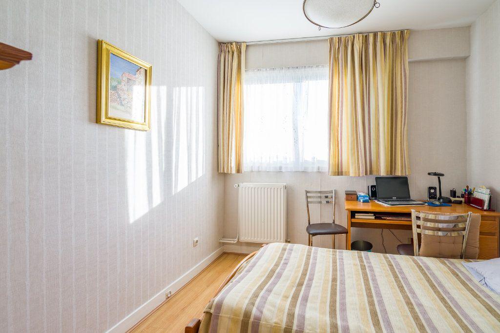 Appartement à vendre 4 80m2 à Sucy-en-Brie vignette-10