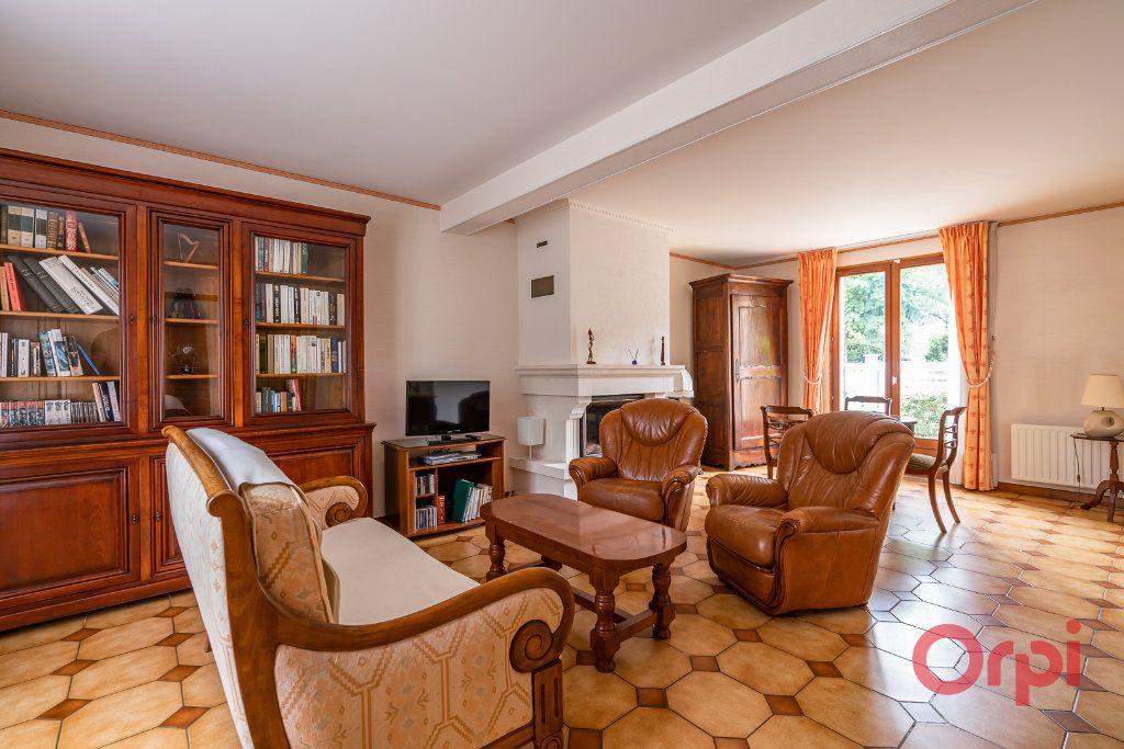 Maison à vendre 6 101m2 à Sucy-en-Brie vignette-2