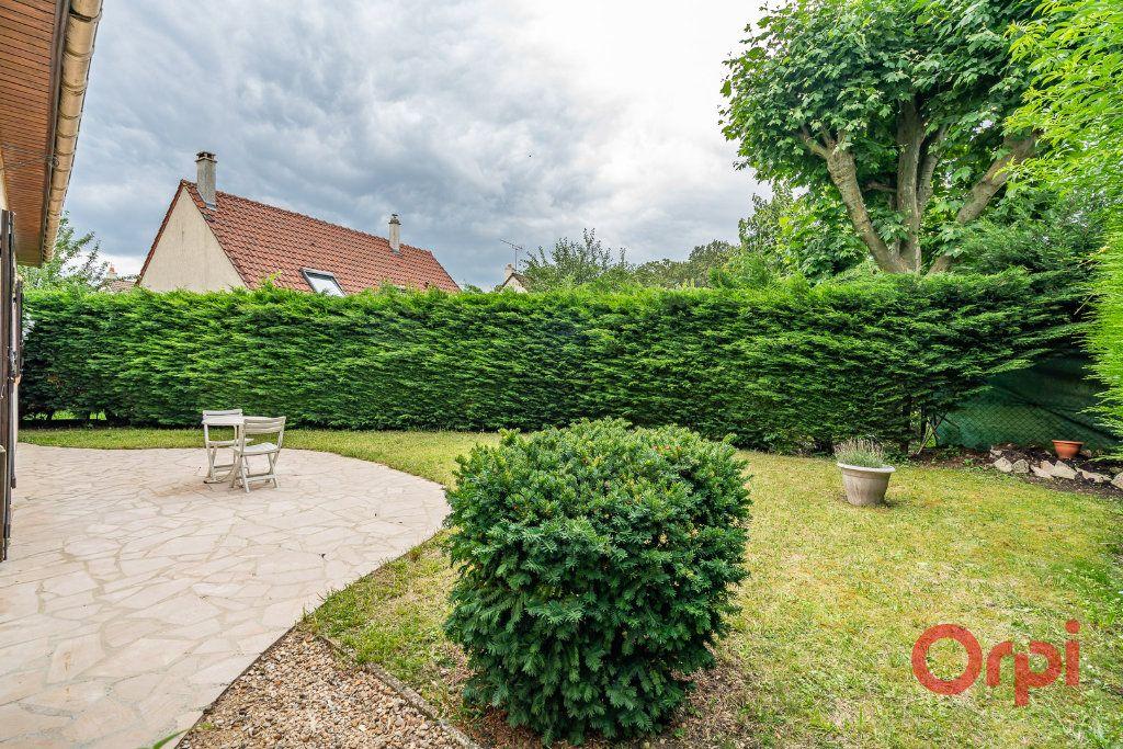Maison à vendre 6 101m2 à Sucy-en-Brie vignette-11