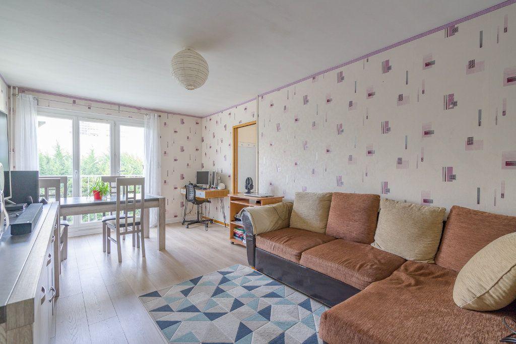 Appartement à vendre 4 79m2 à Sucy-en-Brie vignette-3