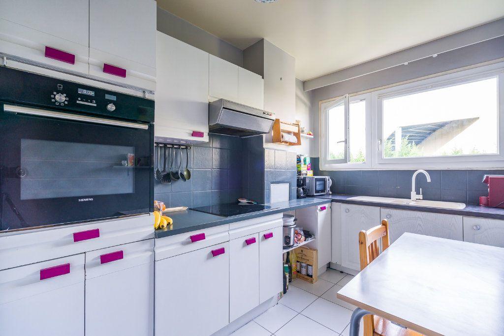 Appartement à vendre 4 79m2 à Sucy-en-Brie vignette-5