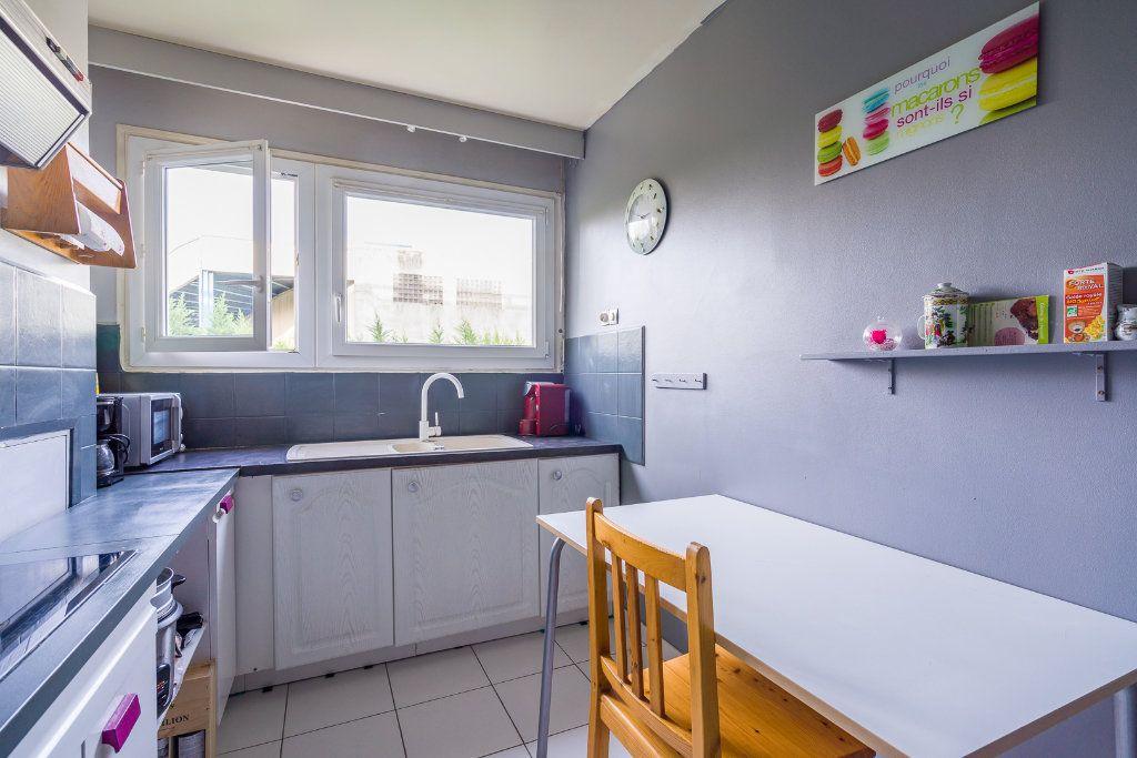 Appartement à vendre 4 79m2 à Sucy-en-Brie vignette-6