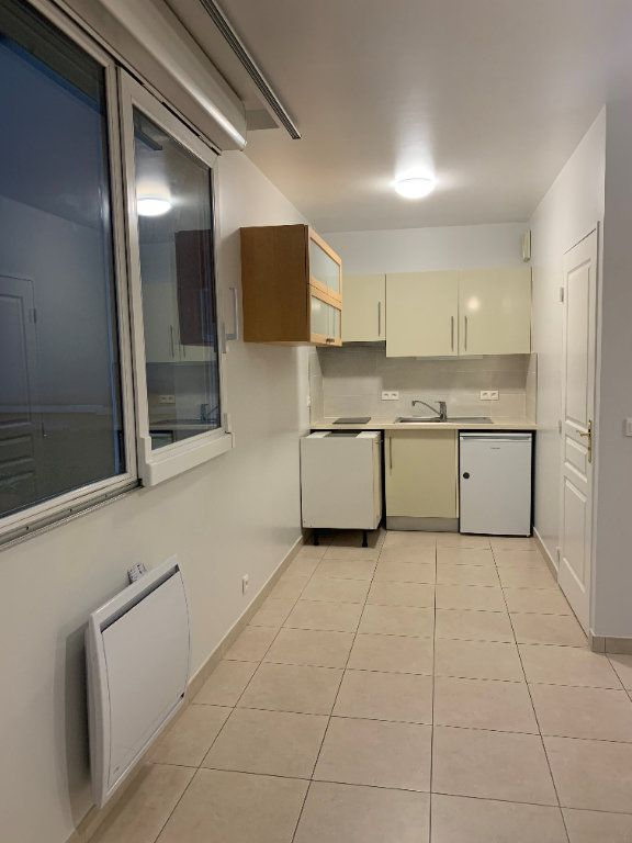 Appartement à louer 1 23.87m2 à Saint-Maur-des-Fossés vignette-10