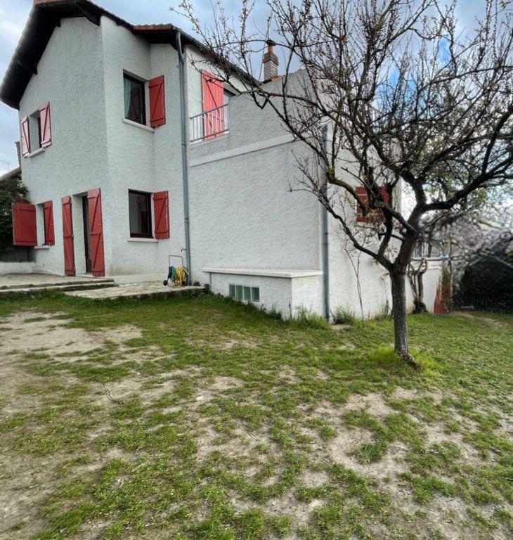 Maison à vendre 5 104m2 à Sucy-en-Brie vignette-1