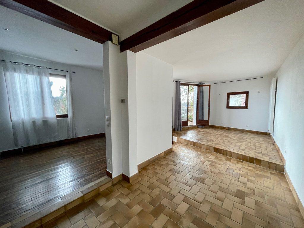 Maison à vendre 5 104m2 à Sucy-en-Brie vignette-2