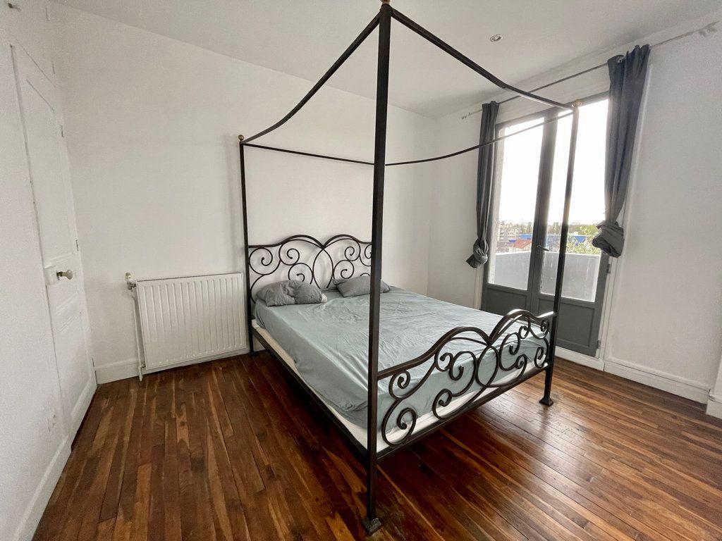 Maison à vendre 5 104m2 à Sucy-en-Brie vignette-6