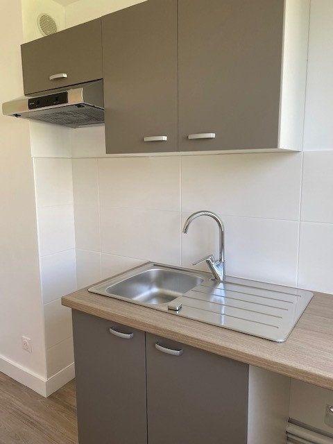 Appartement à louer 3 53.29m2 à Limeil-Brévannes vignette-2
