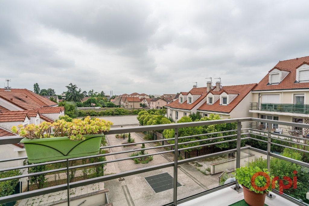 Appartement à vendre 4 93m2 à Limeil-Brévannes vignette-12