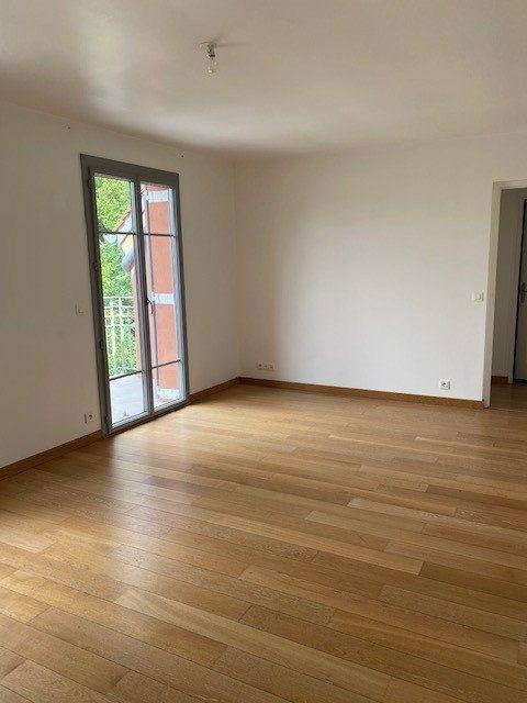 Appartement à louer 3 56.57m2 à Boissy-Saint-Léger vignette-1