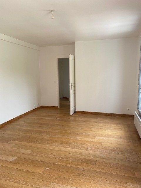 Appartement à louer 3 56.57m2 à Boissy-Saint-Léger vignette-4