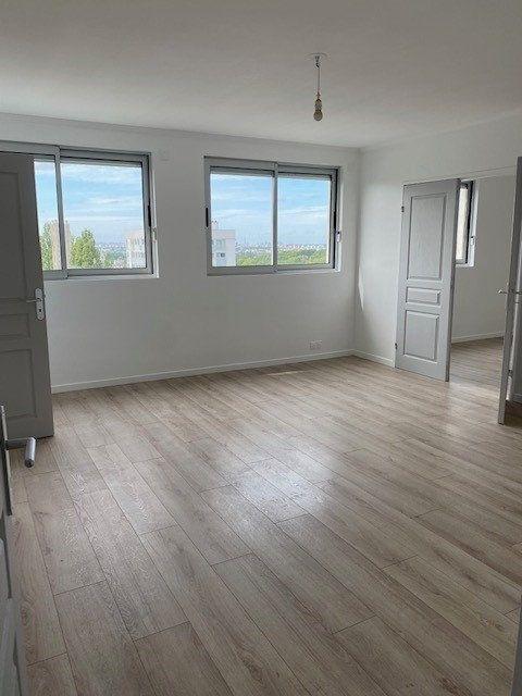 Appartement à louer 3 68.82m2 à Sucy-en-Brie vignette-3