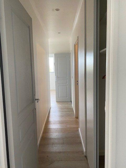 Appartement à louer 3 68.82m2 à Sucy-en-Brie vignette-4