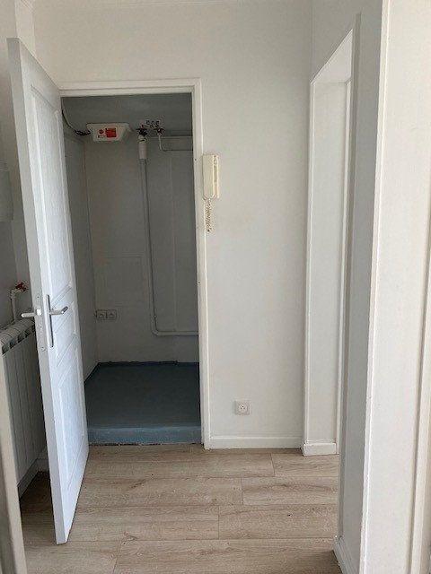 Appartement à louer 3 68.82m2 à Sucy-en-Brie vignette-5