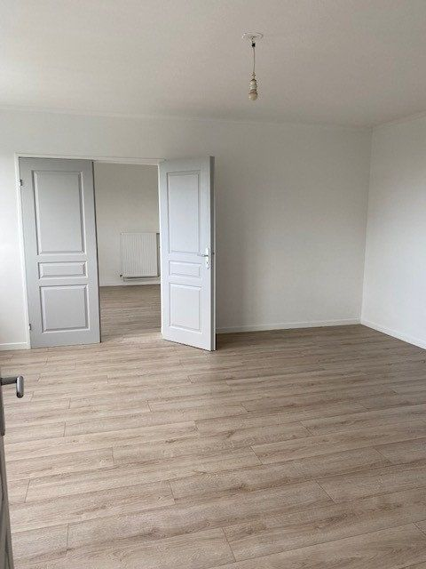 Appartement à louer 3 68.82m2 à Sucy-en-Brie vignette-6