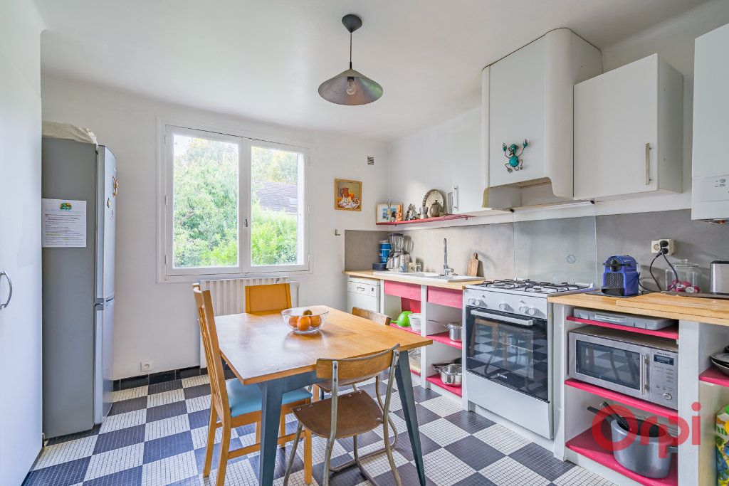 Appartement à vendre 4 81.11m2 à Sucy-en-Brie vignette-3