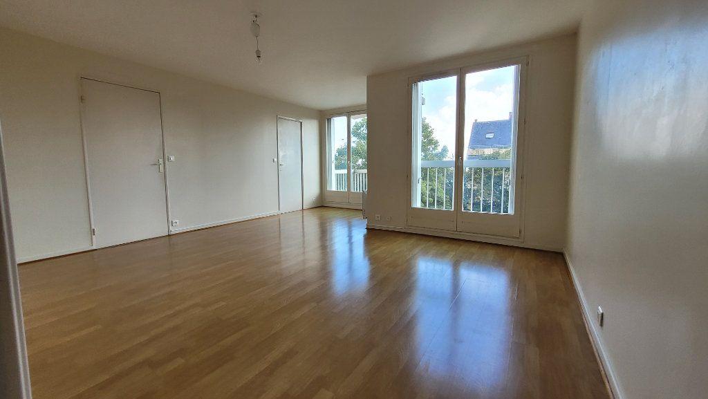 Appartement à louer 2 52.47m2 à Nogent-sur-Marne vignette-2