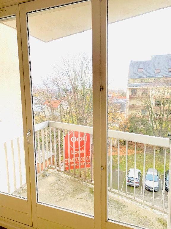 Appartement à louer 2 52.47m2 à Nogent-sur-Marne vignette-11