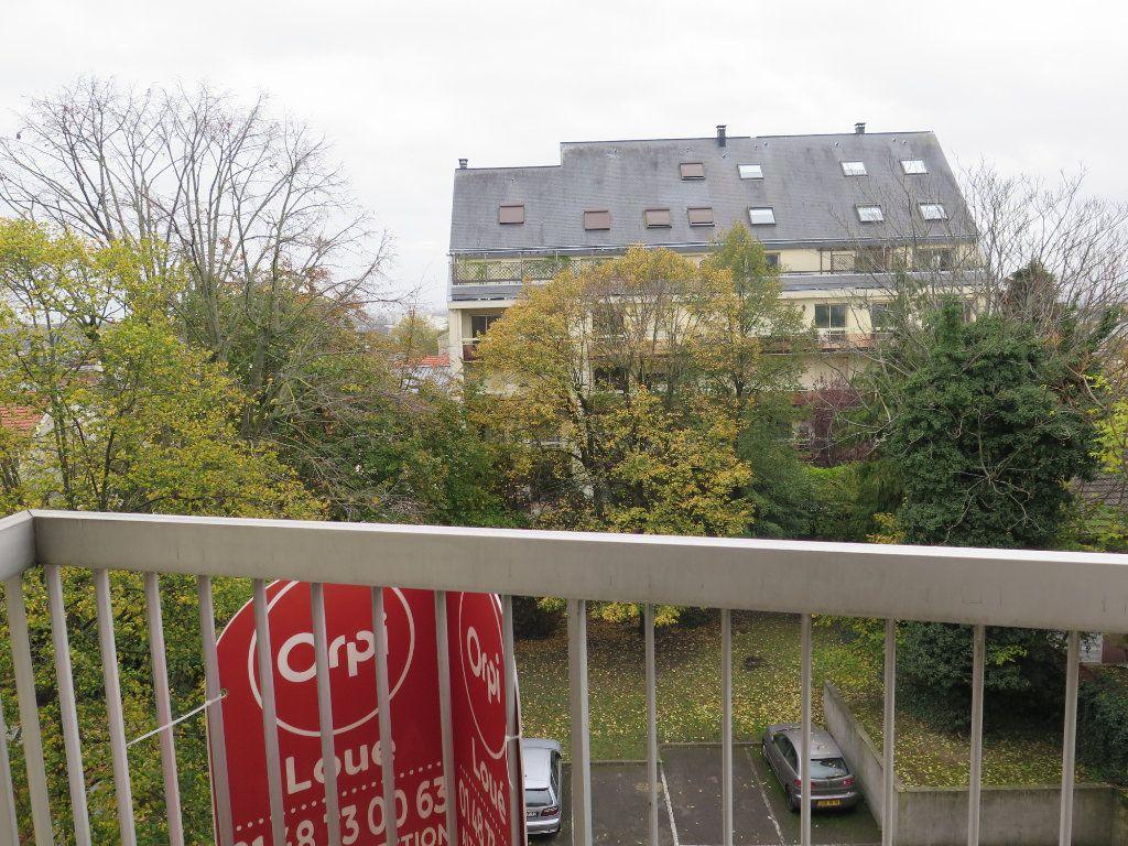 Appartement à louer 2 52.47m2 à Nogent-sur-Marne vignette-12