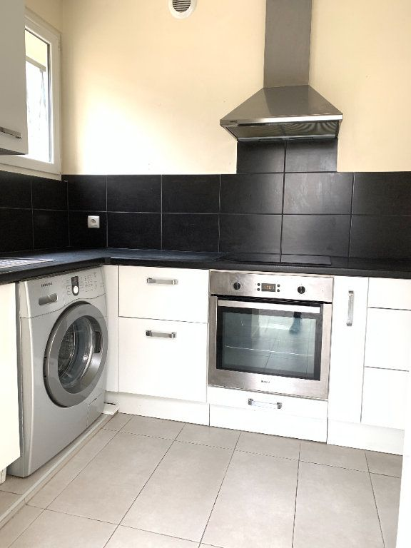 Appartement à louer 2 55.67m2 à Fontenay-sous-Bois vignette-5