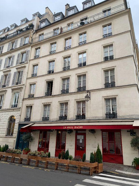Appartement à louer 1 23.22m2 à Paris 3 vignette-1