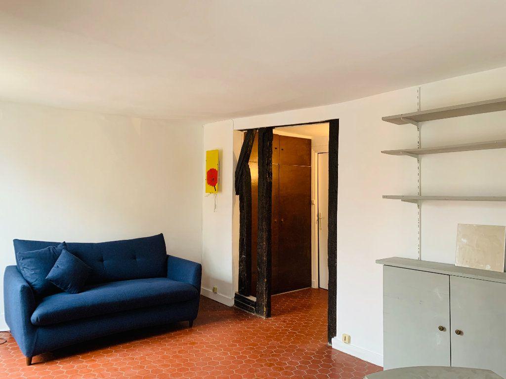 Appartement à louer 1 23.22m2 à Paris 3 vignette-2
