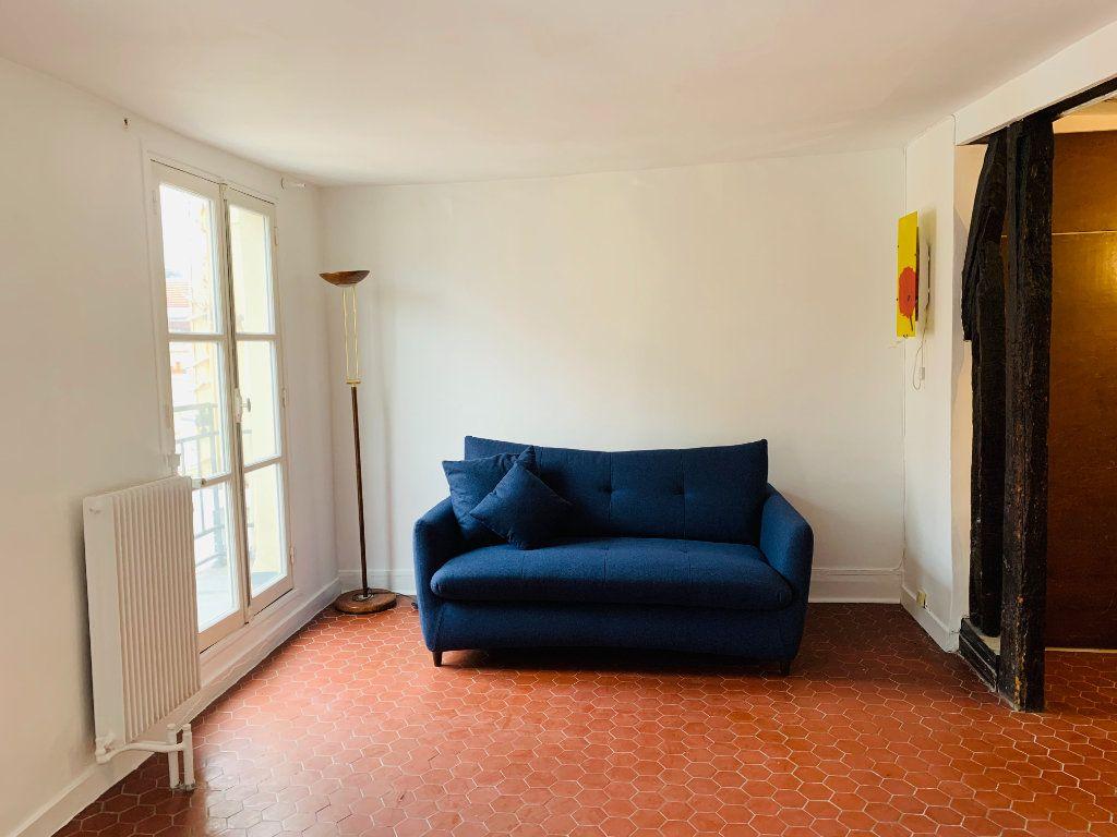 Appartement à louer 1 23.22m2 à Paris 3 vignette-3