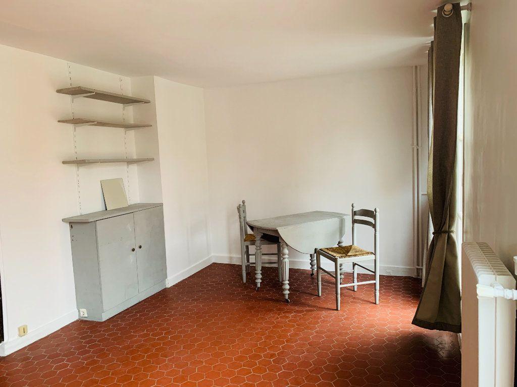 Appartement à louer 1 23.22m2 à Paris 3 vignette-7