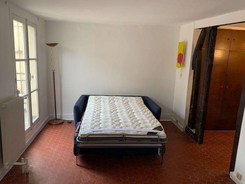 Appartement à louer 1 23.22m2 à Paris 3 vignette-9