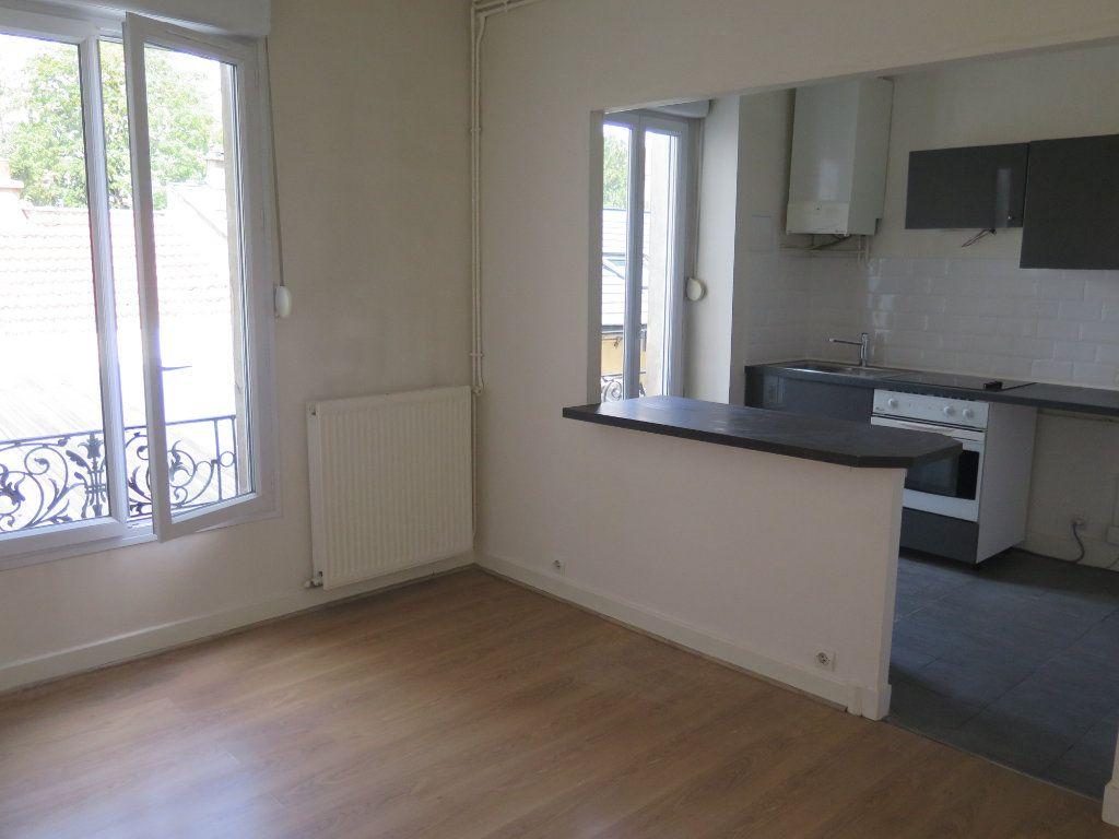 Appartement à louer 2 35.75m2 à Vincennes vignette-2