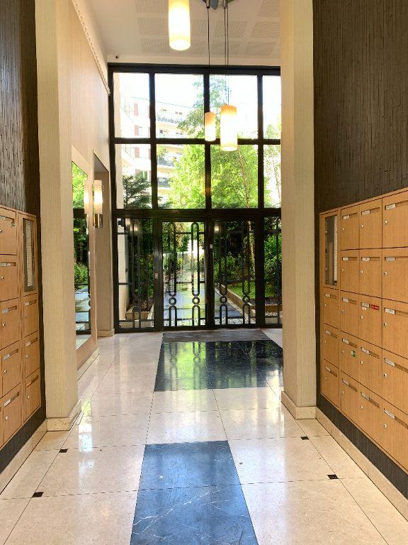 Appartement à louer 2 41.75m2 à Nogent-sur-Marne vignette-8