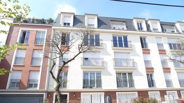 Appartement à louer 2 47.48m2 à Nogent-sur-Marne vignette-1