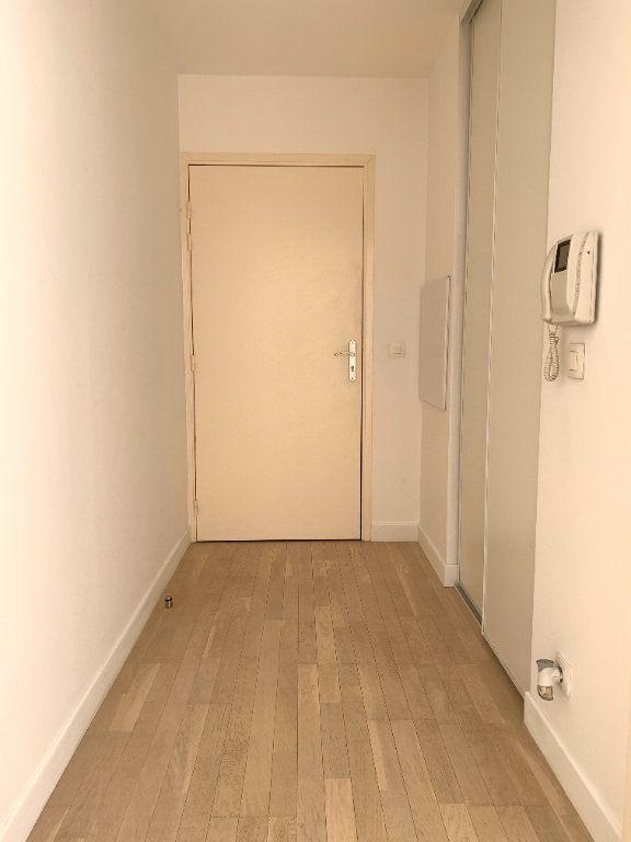 Appartement à louer 2 47.48m2 à Nogent-sur-Marne vignette-2