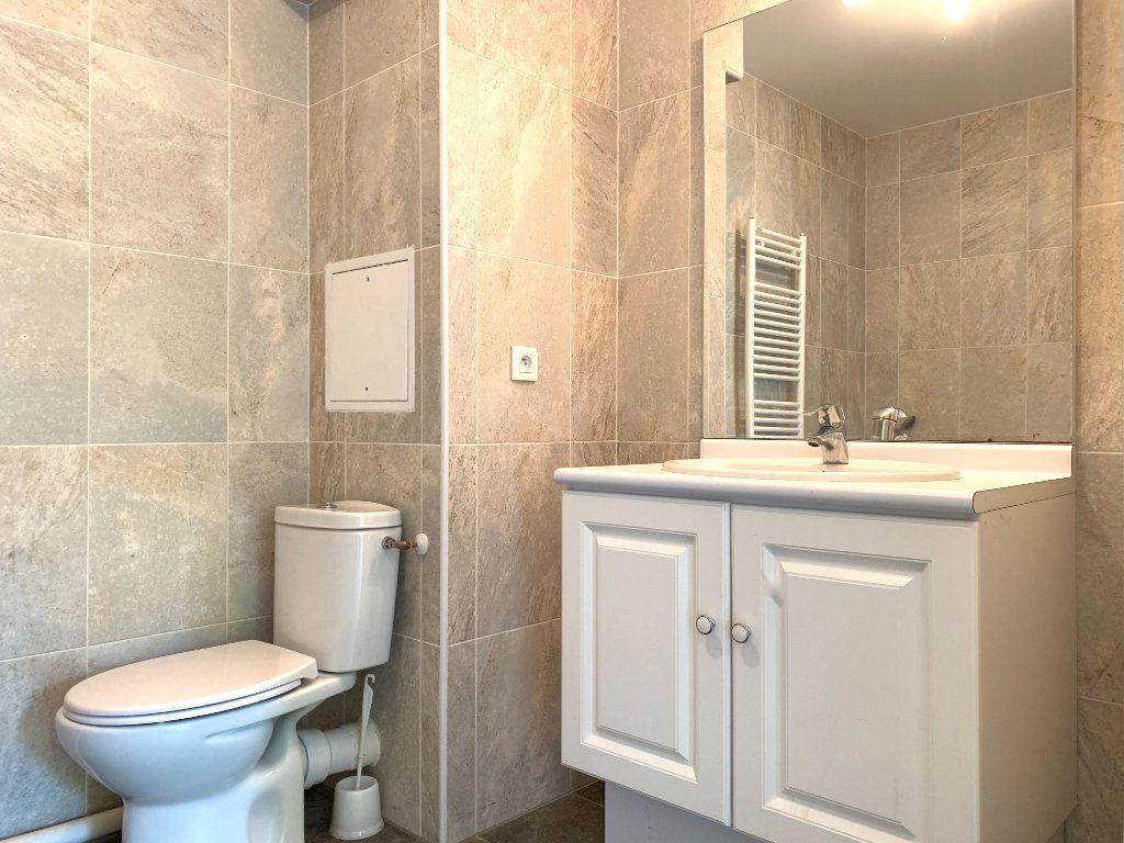 Appartement à louer 2 47.48m2 à Nogent-sur-Marne vignette-8