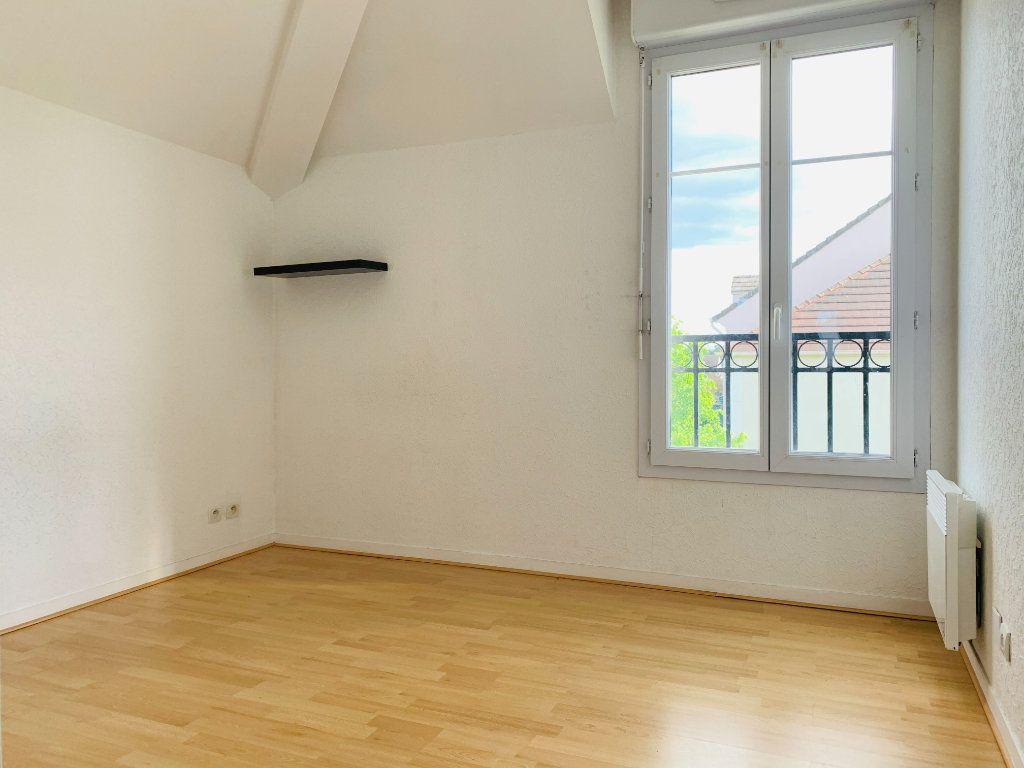 Appartement à louer 3 61.44m2 à Magny-le-Hongre vignette-8
