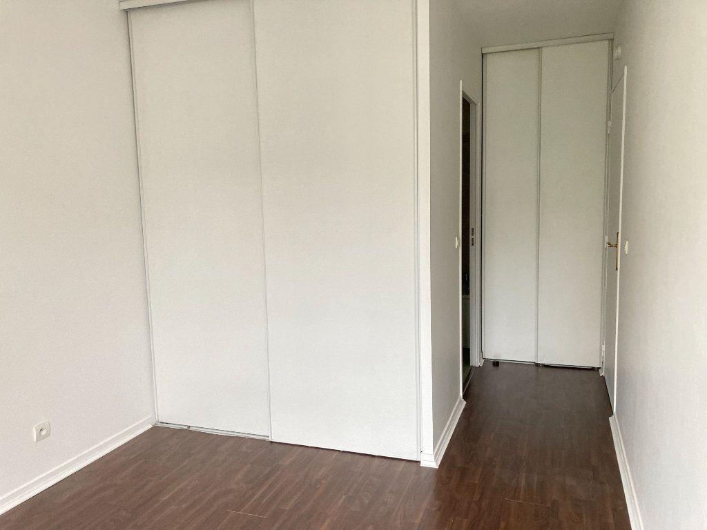 Appartement à louer 2 48.27m2 à Fontenay-sous-Bois vignette-5