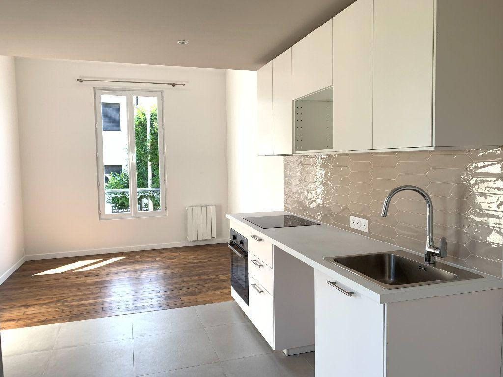 Maison à louer 3 60m2 à Le Perreux-sur-Marne vignette-1