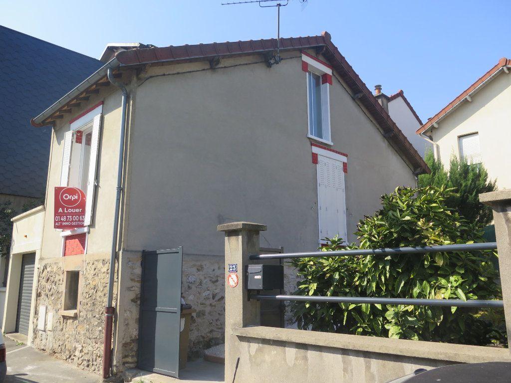 Maison à louer 3 60m2 à Le Perreux-sur-Marne vignette-3