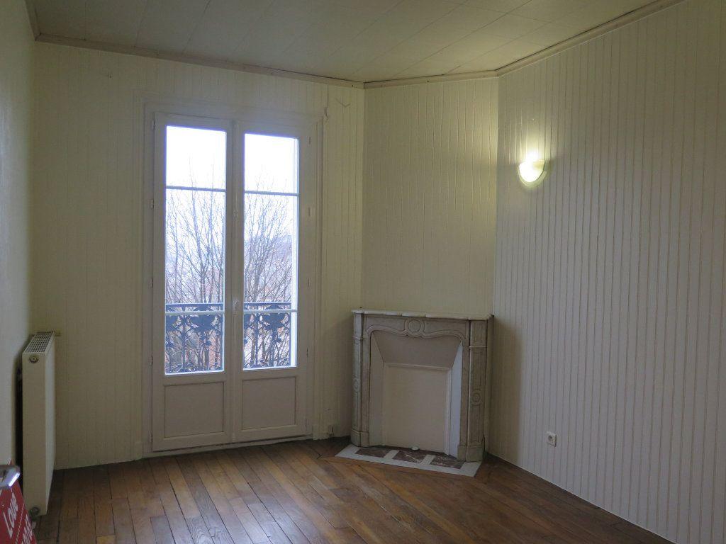 Appartement à louer 3 48.83m2 à Nogent-sur-Marne vignette-3