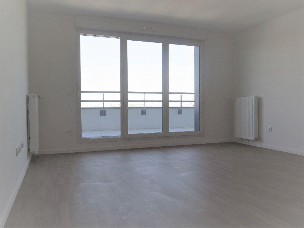 Appartement à louer 3 58.02m2 à Champigny-sur-Marne vignette-2