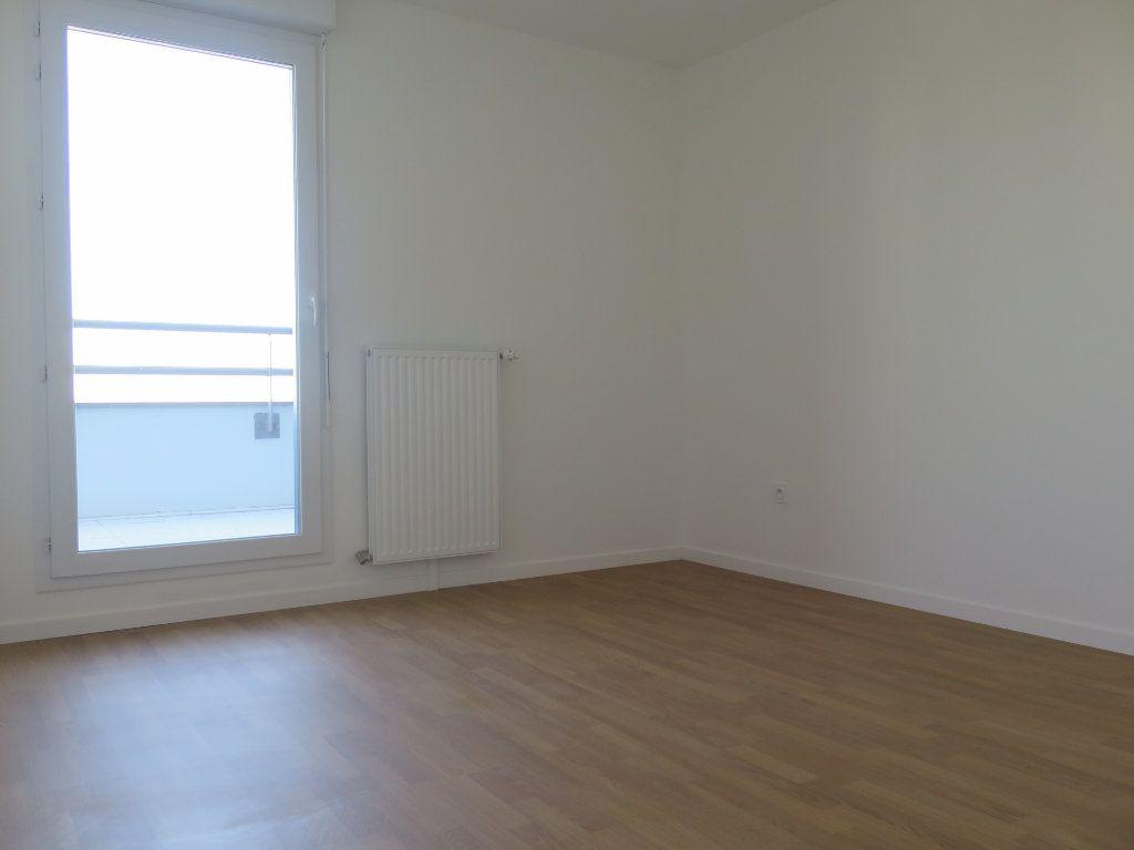 Appartement à louer 3 58.02m2 à Champigny-sur-Marne vignette-4