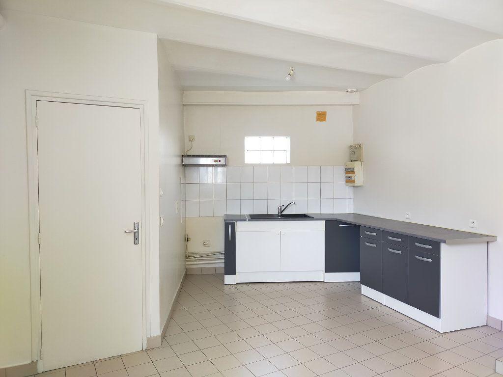 Appartement à louer 3 85.91m2 à Serris vignette-3