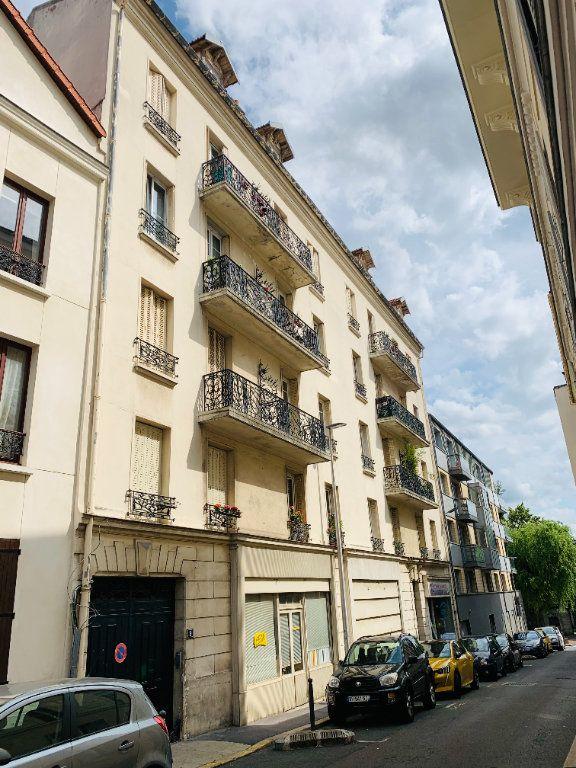 Appartement à louer 2 44.48m2 à Nogent-sur-Marne vignette-1