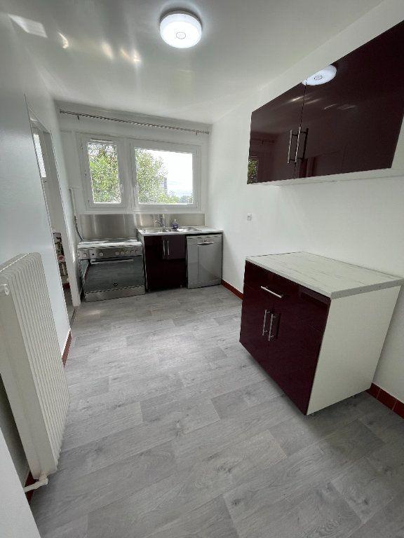 Appartement à louer 4 82m2 à Fontenay-sous-Bois vignette-3