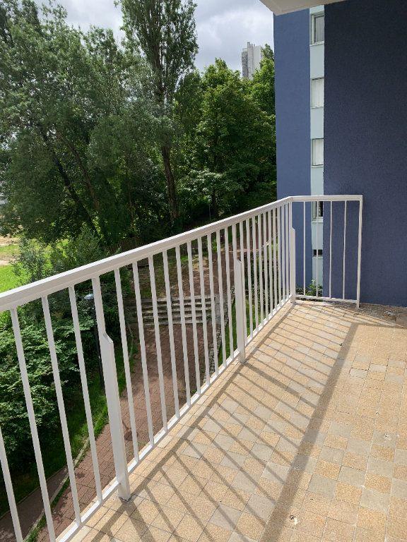 Appartement à louer 4 82m2 à Fontenay-sous-Bois vignette-7