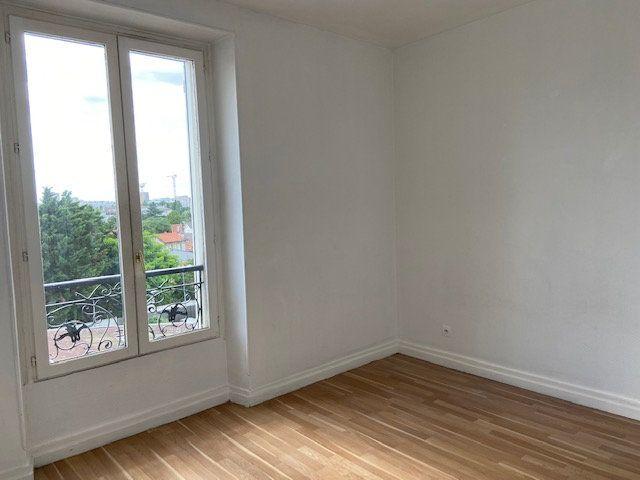 Appartement à louer 3 51.46m2 à Créteil vignette-5