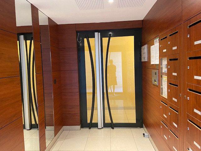 Appartement à louer 2 42.92m2 à Nogent-sur-Marne vignette-8