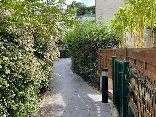 Appartement à louer 2 42.92m2 à Nogent-sur-Marne vignette-9