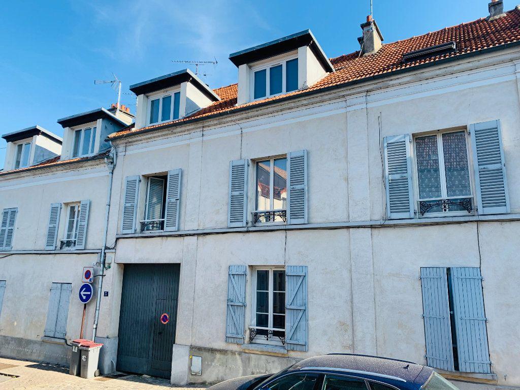 Appartement à louer 2 24.9m2 à Bry-sur-Marne vignette-1