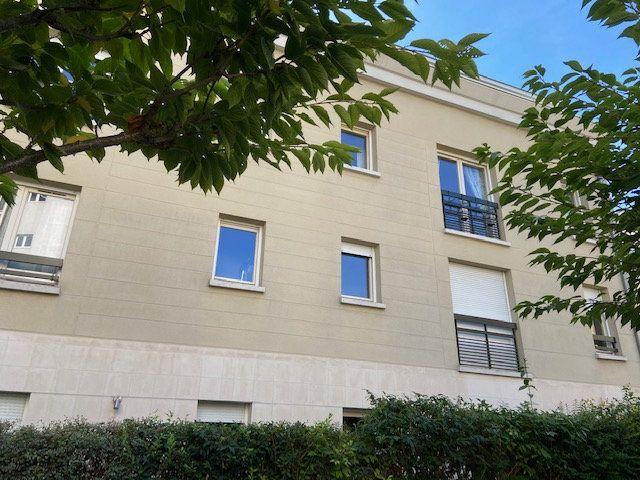 Appartement à louer 2 34.66m2 à Nogent-sur-Marne vignette-1